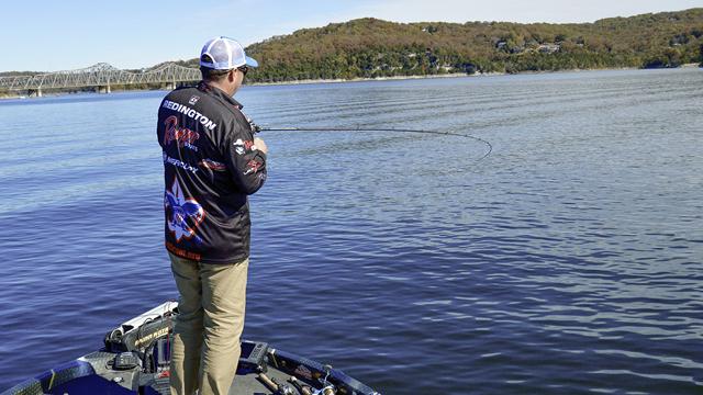 冬の低水温をテールスピンジグで釣る