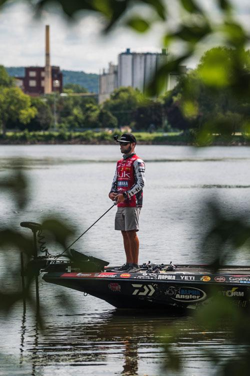 バス釣りの最後の1時間の使い方:ブランドン・パラニューク