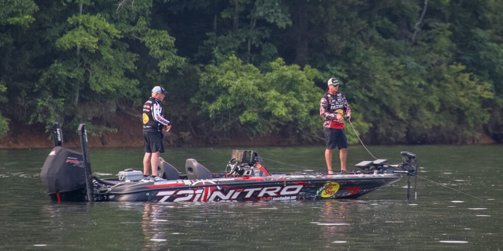 夏のバス釣りはシェード:ケビン・バンダム