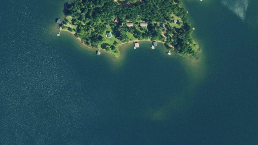 衛星写真で分かる!「意外な」バス釣りポイント